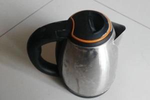 哪种电热壶不能烧水喝或会引起金属中毒很多人天天用